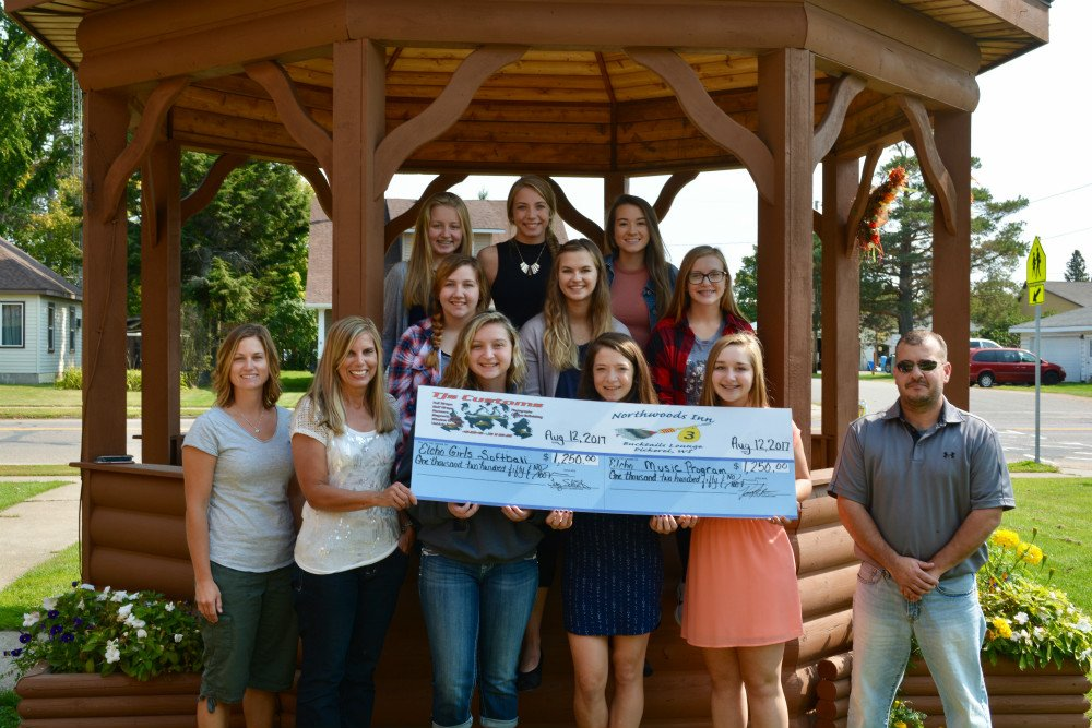 Northwood's Inn Golf Outing Raises Money for Softball & Music Programs.